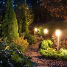 4 Advantages of Using LED Landscape Lighting